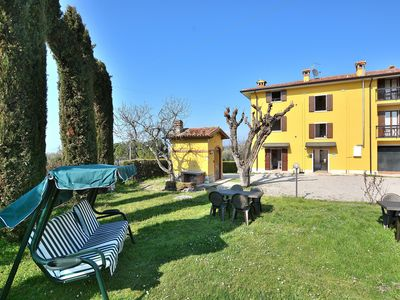 Photo for Apartment Rosa Cinderella With Pool - Apartment for 4 people in Lazise