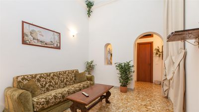 Photo for Athenaeum 1261 apartment in Termini Stazione with WiFi & air conditioning.
