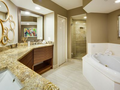 Photo for Apartment Gullwing Beach Resort in Fort Myers Beach - 6 persons, 3 bedrooms
