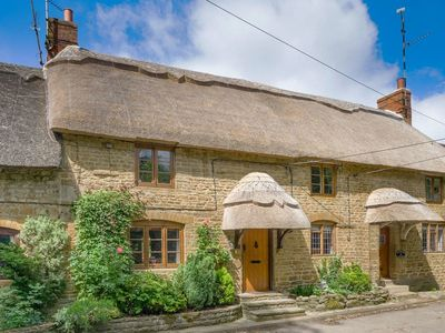 Photo for 2 bedroom accommodation in Swalcliffe, near Banbury