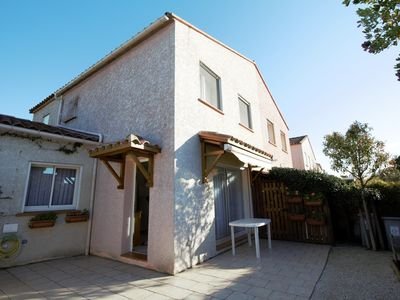 Photo for Beach house for 6 person in Canet