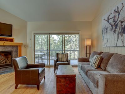Photo for Ski House Condo, Mt Bachelor Village, Updated, Fireplace, Open and Bright, Community Pool/Hot Tub