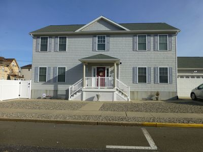Photo for Great location & close to beach!  Modern, Spacious 5 bdrm/3 bth for big families