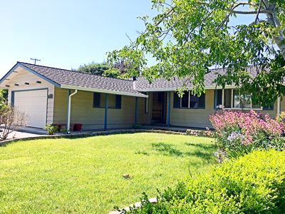 Photo for 3BR/2BA SFH with Sunny Backyard - Near Google/Linkedin/Apple/Facebook/Stanford