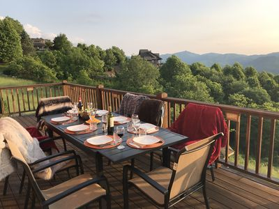 Outdoor Dining at Scenic Ridge with Full Range of Views