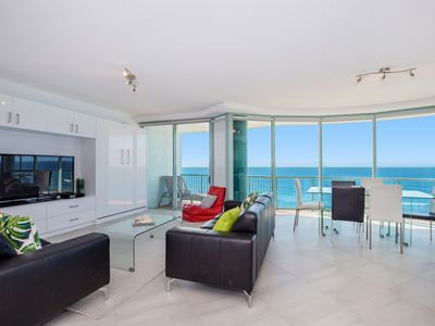 Photo for 2 Bedroom Ocean View Apartment with expansive beach and ocean views