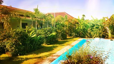 Photo for Charming duplex, large lagoon pool, exotic garden, wifi and daily housekeeping