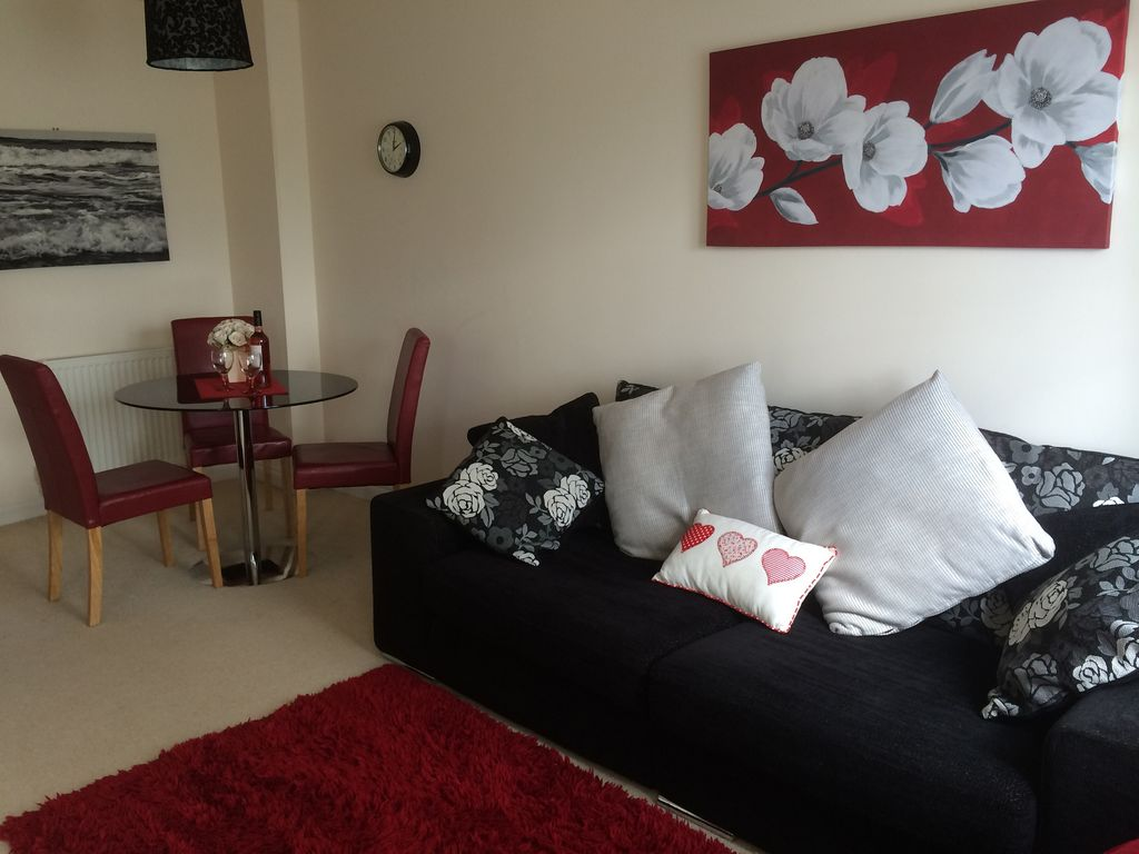 Wonderful *The Bay Filey ** Fabulous Cottages ** Award Winning Location. *** First  Class.   Ivy Cottage