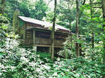 Wolf Branch Cabin 34 miles North of Downtown Asheville via I-26