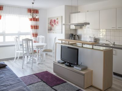 Photo for Dresden Strehlen - Charming apartment for two to four people
