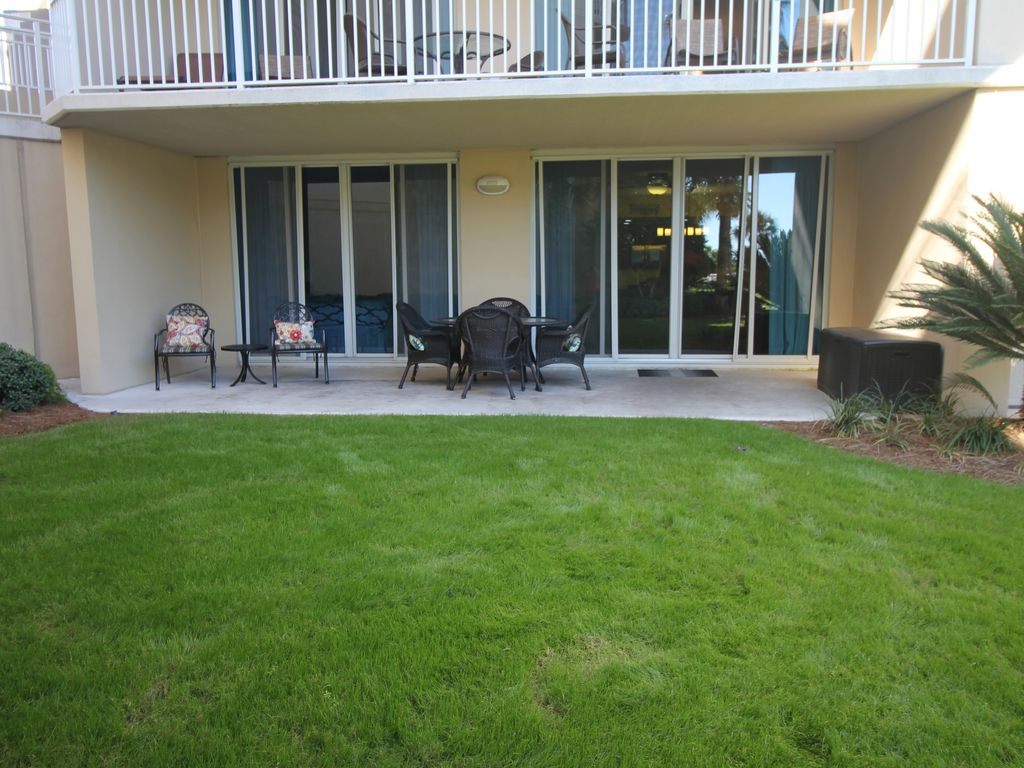 Waterscape/Ground floor walk out/3BR 3 BA/Two King Beds/ BEST ...