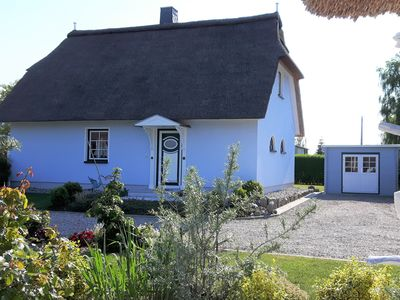Photo for Holiday home for 6 guests with 90m² in Am Salzhaff (93073)