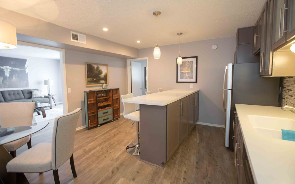 Chic Fully Furnished Apartment In Downtown Austin Austin Texas Hill Country Texas