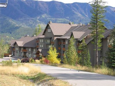 Photo for Studio condo with kitchen overlooking Fernie Alpine Resort