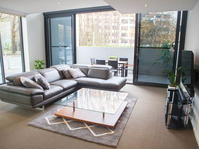 Photo for Boutique 3 bedroom loft apartment in the heart of the city, free parking