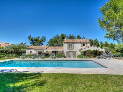 Photo for Prestige Mas with private pool in Eygalières, in the Alpilles