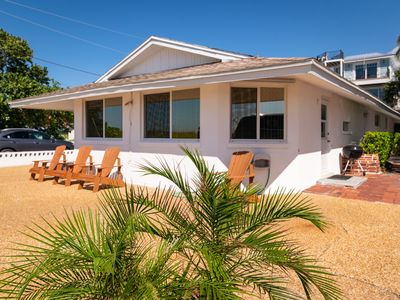 Photo for Jukes Beach House Gulf Front 2/2 Home