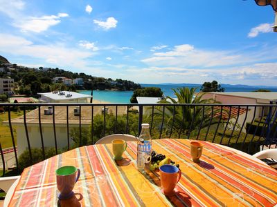 Photo for Private, quiet residence, apartment with large terrace and sea view.
