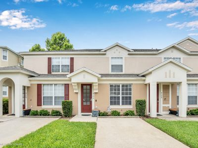 Photo for Beautiful Townhouse, Private Pool, Excellent Amenities Close to Disney