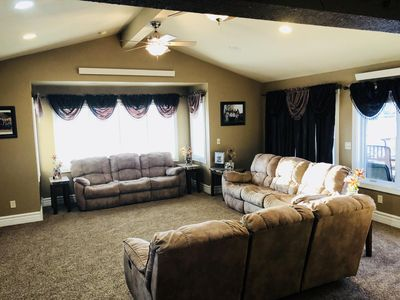Photo for Modern Living Home, Spacious Entertaining Areas + 5 Bedrooms and a Bunk room!