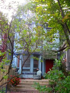 Photo for ANNEX Toronto downtown deluxe, 2 story, 2 bedroom, quiet, steps from everything.