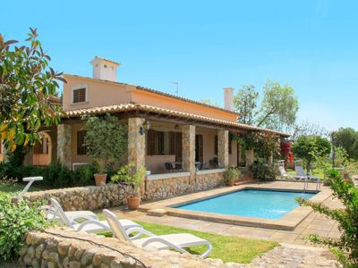 Photo for 5 bedroom Villa, sleeps 9 with Pool and Air Con