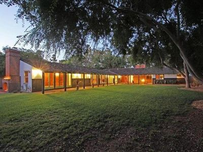 Photo for Ranch Style Home with Huge Yard. One Block from the Golf Club!