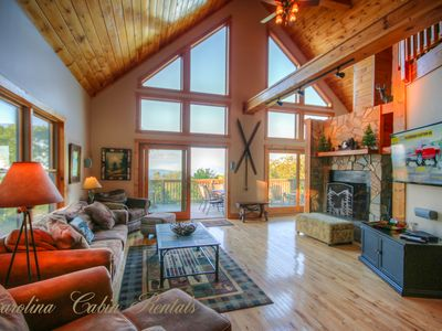 Photo for 6BR, Huge Views, Game Room, Fireplace, Club Amenities, 1.5 miles to Ski Beech