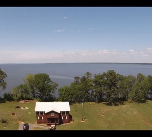 Luxury Waterfront Lodge with Home Theatre and  Boat Rentals!