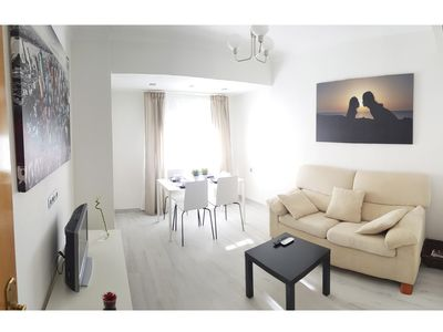 Photo for Central apartment near the beach, Air conditioning