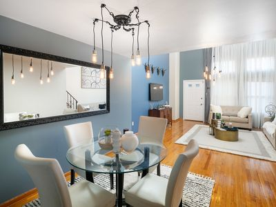 Photo for Stylish 4 bedrooms/2 baths -10 min from Manhattan