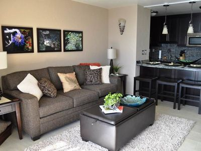 Photo for Remodeled Modern penthouse 1bd condo at Sugar Beach Resort #618