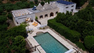 Photo for Large Luxury Trullo, Private HEATED Pool, Air Con and 90m2 Games Room