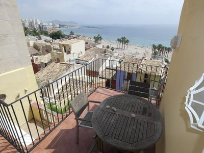 Photo for <![CDATA[Large apartment with sea views on the wall of Villajoyosa]]>