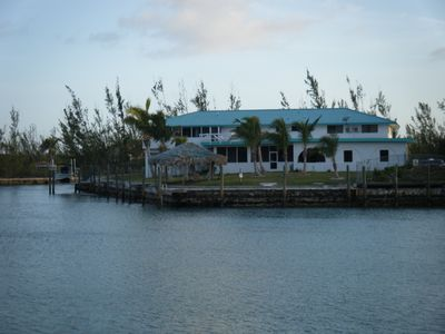 Free boat docks, 7 Bedroom, 7 Bath,  Canal Front And Short Walk To Taino Beach
