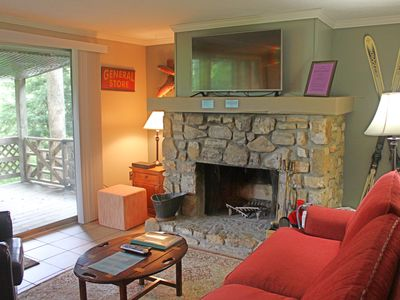 Photo for 1 Bedroom Walk to Slope Condo - Briarcliff D18
