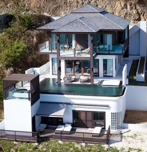 Photo for Magnificent 4 bedroom villa with wrap around pool