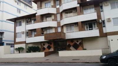 Photo for Apartment 200m from the sea, in centrinho dos Ingleses