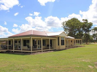 Photo for 4BR House Vacation Rental in Lyra, QLD