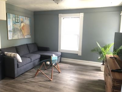 Photo for Charming 2 Bedroom Apartment
