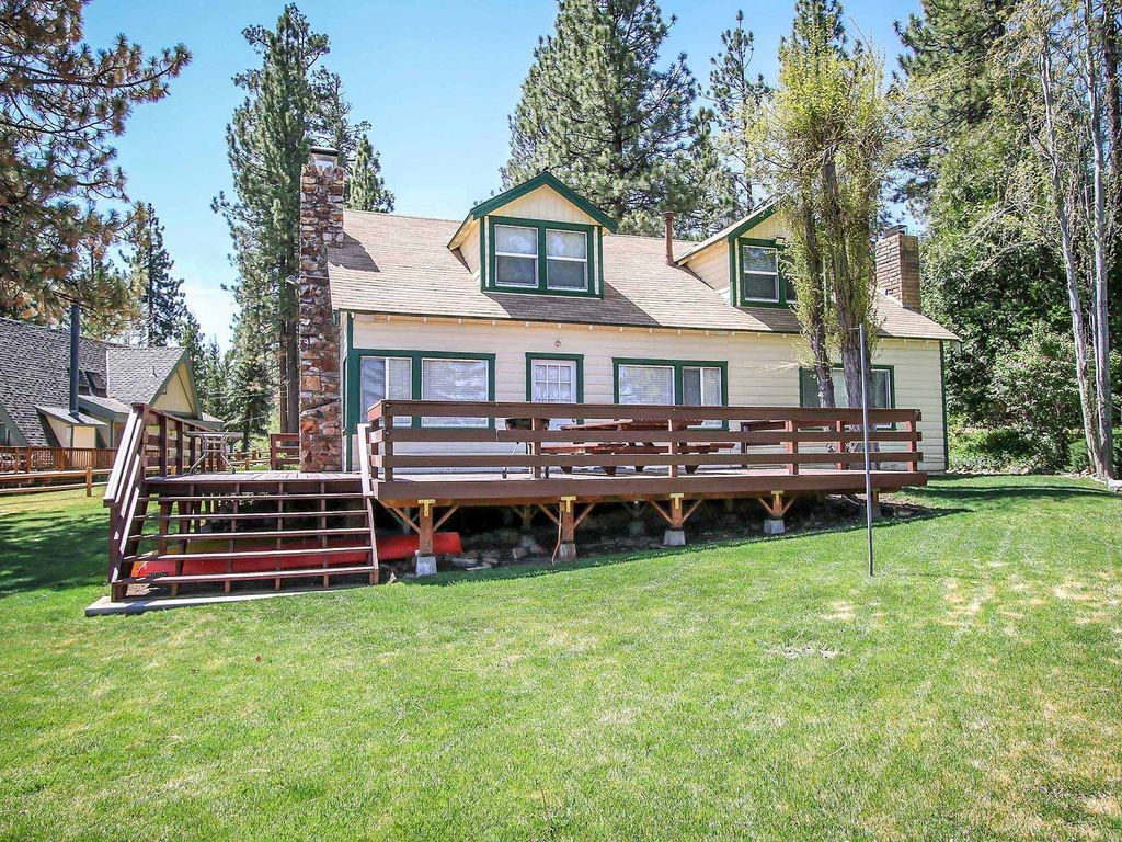 Bryan 39 s lakefront retreat 3 bedroom furnished cabin big for Big bear retreat cabins