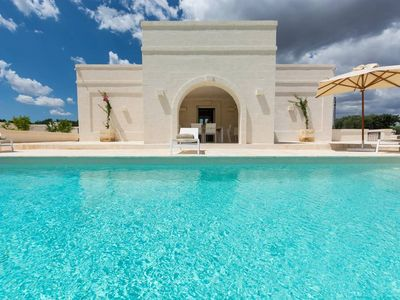 Photo for Il Casolino: Luxury Puglia villas with heated pool