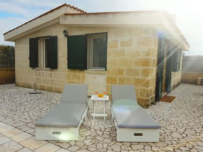 Photo for Generous Terrace Close to Seaside - Incantevole Villetta