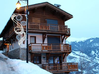 Photo for Fantastic accommodation in the heart of La Tania next to the piste & restaurants