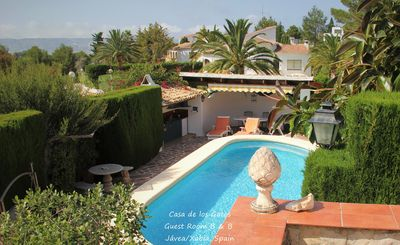 Photo for Comfortable and spacious guest room, private pool, near the sea, garden