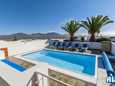 Photo for 4BR Villa Vacation Rental in Playa Blanca