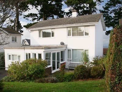 Photo for 4 bedroom property in Newton Abbot. Pet friendly.