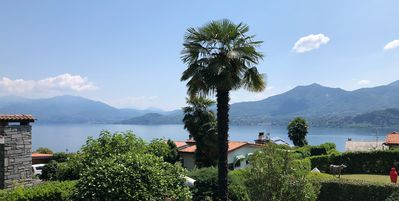 Photo for beautiful lake view, tastefully furnished, access directly to the house, with pool