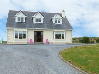 Photo for FOLAN COTTAGE, family friendly in Carna, County Galway, Ref 949852