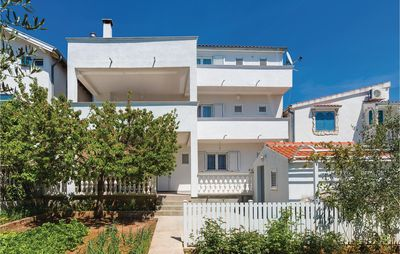 Photo for 4 bedroom accommodation in Vodice